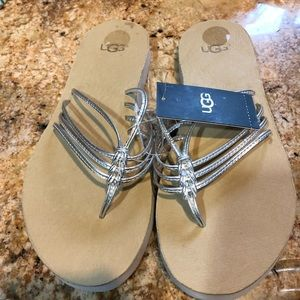 UGG silver flip flops size 7